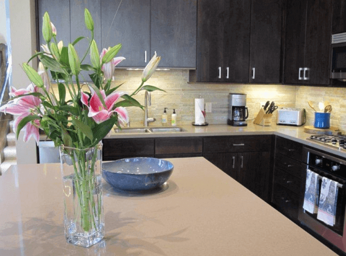 Kitchen - Flowers